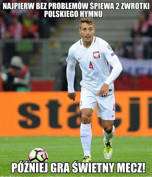 Najpierw bez problemu śpiewa dwie zwrotki polskiego hymnu • Thiago Cionek w meczu Polska Dania • Wejdź i zobacz śmieszne memy >> #polska #pol #pilkanozna #futbol #sport #memy