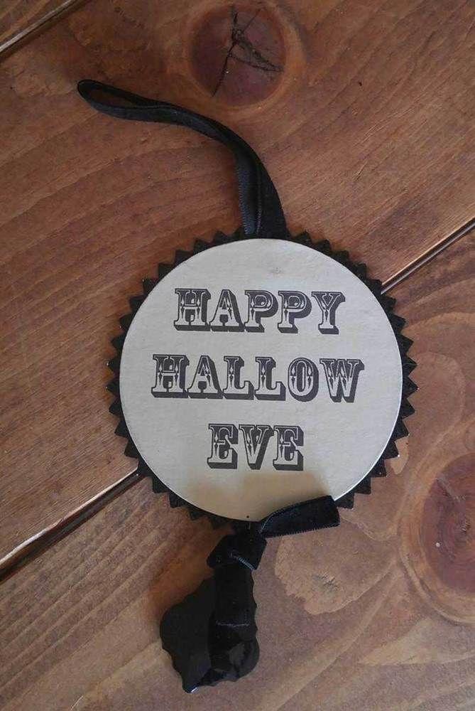 Halloween Ornament Happy Hallow Eve Vintage Style ESC & Company Heather Myers #ESCCompany #Vintage