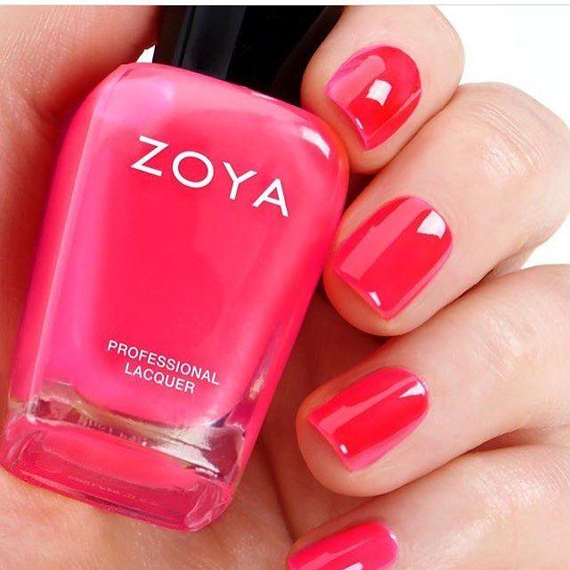 #zoyabisca #zoyaultrabrites #manicures #zoyaultrabrites #nails #manicure #nailstagram #nails #nailsart #nailpro Ακόμα ένα neon κρεμώδες βερνίκι σε πυρωμένη ροζ απόχρωση απαλλαγμένο από 10 τοξικές ουσίες