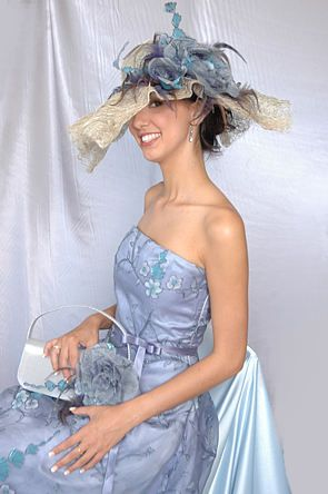 Be it Evening Wear or bridal accessories, people from Townsville area prefers Jadelle Designs to transform their look.