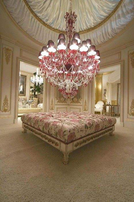 OMG! and that ceiling too!!Shabby Chic Style, Lights Fixtures, Interiors, Dresses Room, Pink Chandeliers, House, Sitting Room, Vintage Rose, Dreams Closets
