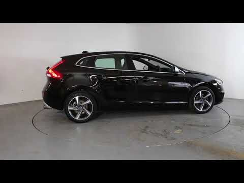 VOLVO V40 T2 R-DESIGN - Air Conditioning - Alloy Wheels - Bluetooth - Cruise Control - DAB Radio - Spare Key - Reverse Parking Camera - Half Leather ...