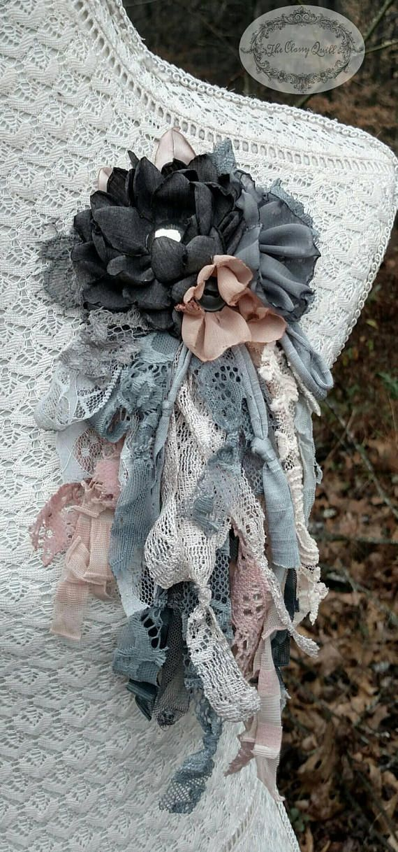 """To pin on hats, lapels, and handbags!! """"Evening Blush"""" by The Classy Quill"""
