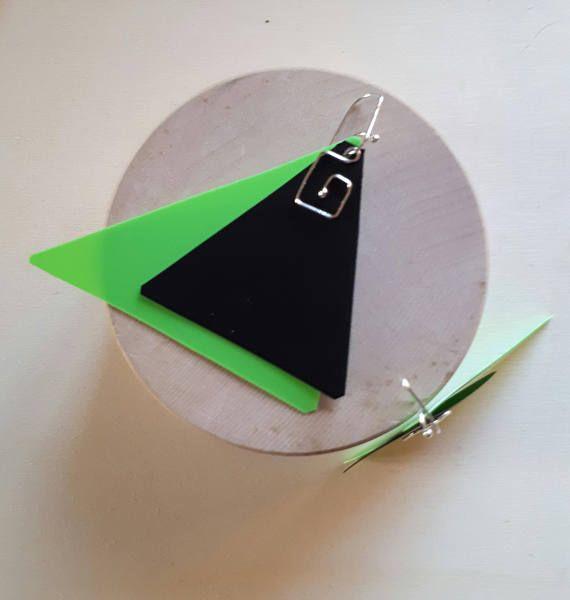 Guarda questo articolo nel mio negozio Etsy https://www.etsy.com/it/listing/567245481/orecchini-geometrici-leboncine-by