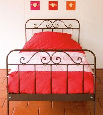 Zoek je een mooi smeedijzeren bed? Jumeau 1-persoonsbed 90 x 200 cm. Keuze uit diverse kleuren!