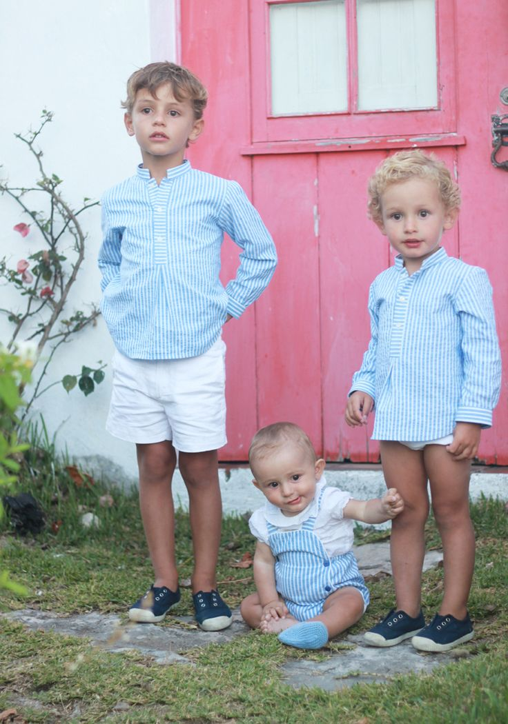 hermanos-vestidos-iguales-mamatrendy