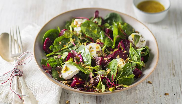 Quick beetroot and spinach salad - Christmas 2015 | Pick n Pay