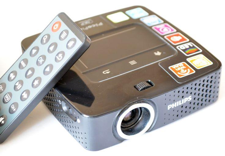Test #PicoPix 3610. Kieszonkowy projektor dla podróżujących i nie tylko #philips #beamer #mobile