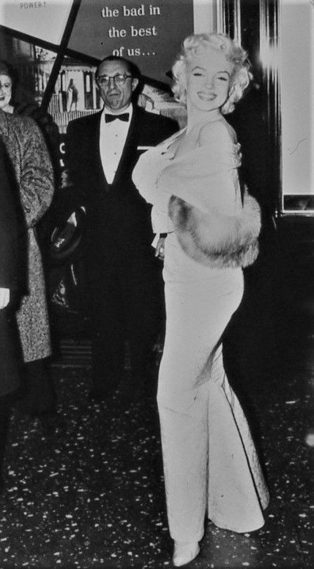 "Marilyn at the premiere of ""East Of Eden"" at the Astor Theatre in New York, March 9th 1955."