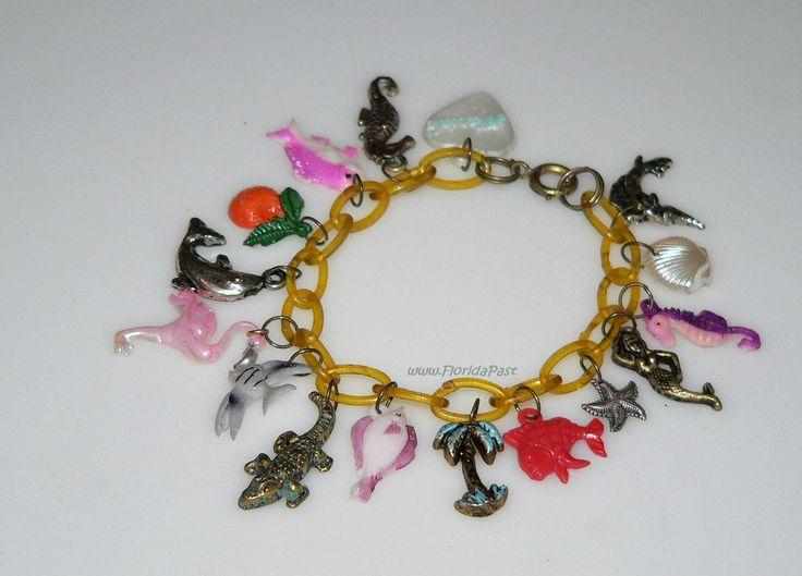 Vintage Seaside Beach Florida Theme Tropical Celluloid Charm Bracelet Plastic & #TropicalSeasideFloridaTheme