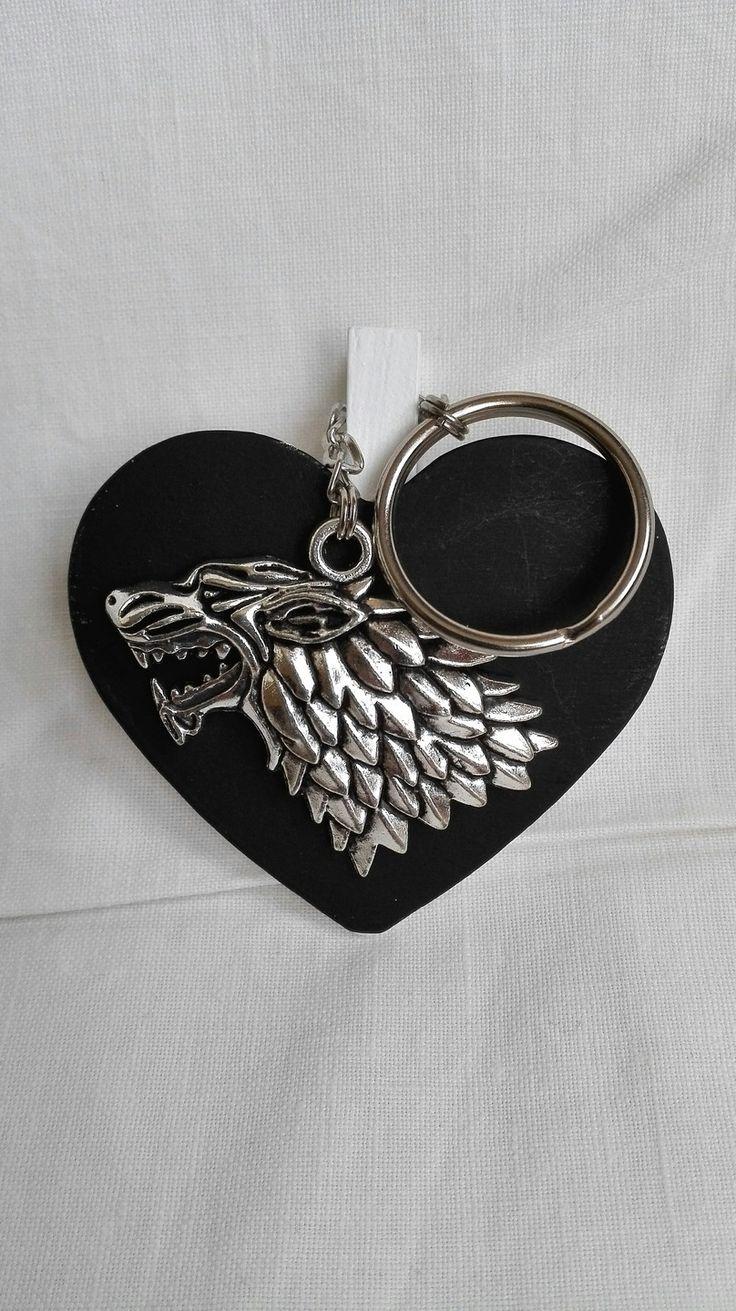 Porte clés Game Of Thrones argenté Famille Stark Jon Snow Winter is Coming : Porte clés par miss-perles