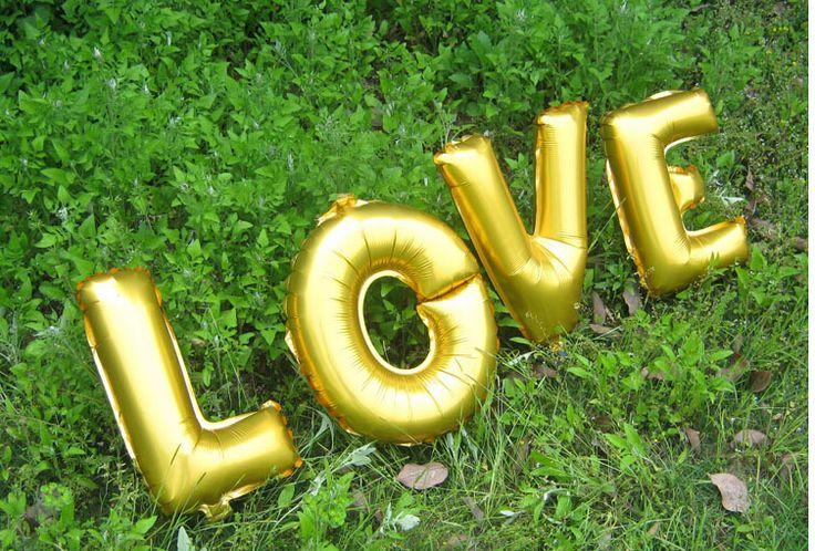 Бесплатная доставка ЛЮБОВЬ Большой алюминиевой фольги шары 32 СМ письмо любовь день рождения воздушные шары свадебные шары/любовь шары