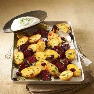 Kartoffeln mit Roten Beten vom Blech und Frischkäsecreme