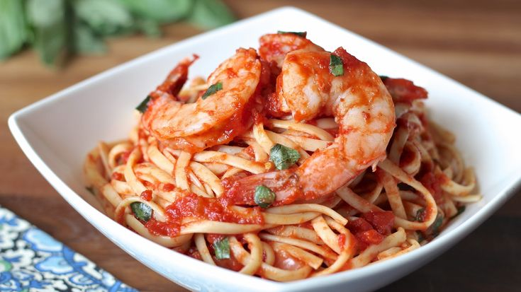 Shrimp Fra Diavolo |  I love carbo-loading on this slightly spicy tomato sauce-based pasta dish with sweet, tender shrimp and that this meal that can be put together in less than 30 minutes. It never fails to fill me up and make me happy. @ingoodflavor