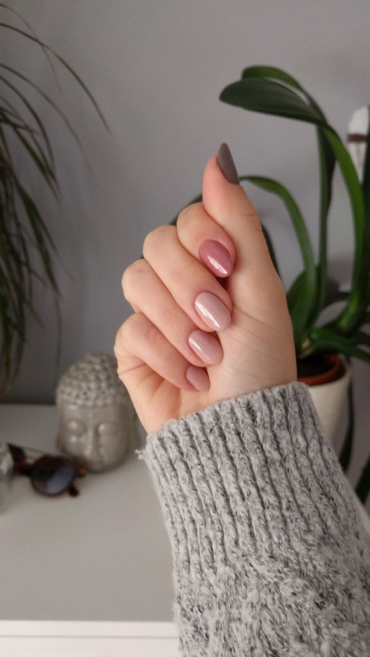 Semilac 135 Frappe, 097 Indian Roses and 017 Grey #fall#nails