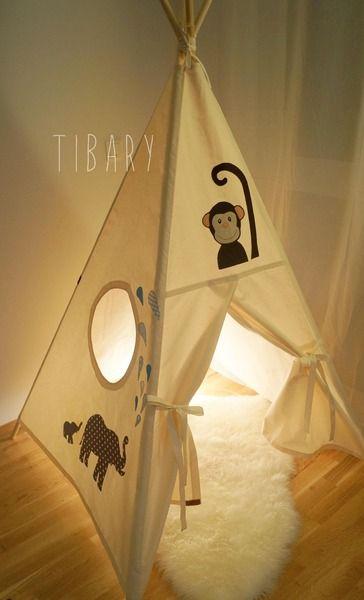 Dschungel Tipi / Teepee / Zelt personalisiert   von Tibary auf DaWanda.com jungle teepee with elephants,