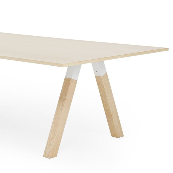The Frankie conference table collection designed by Iiro Viljanen includes various table sizes and bases.