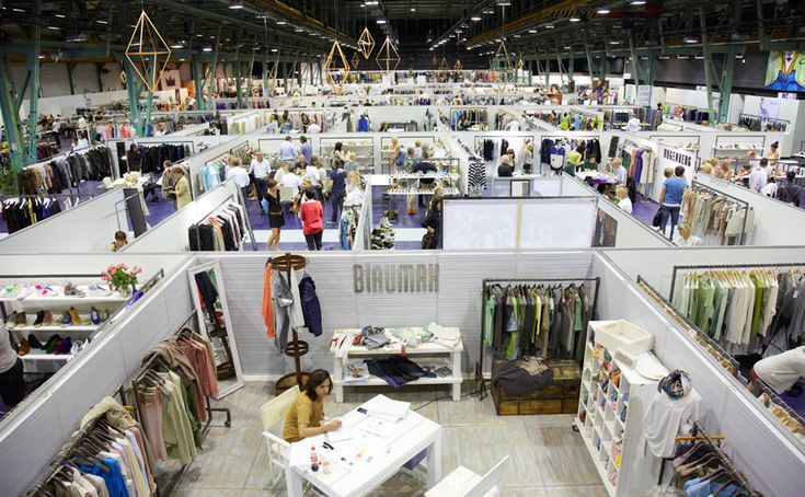 International Trade Show that exhibits the latest trends and designers.