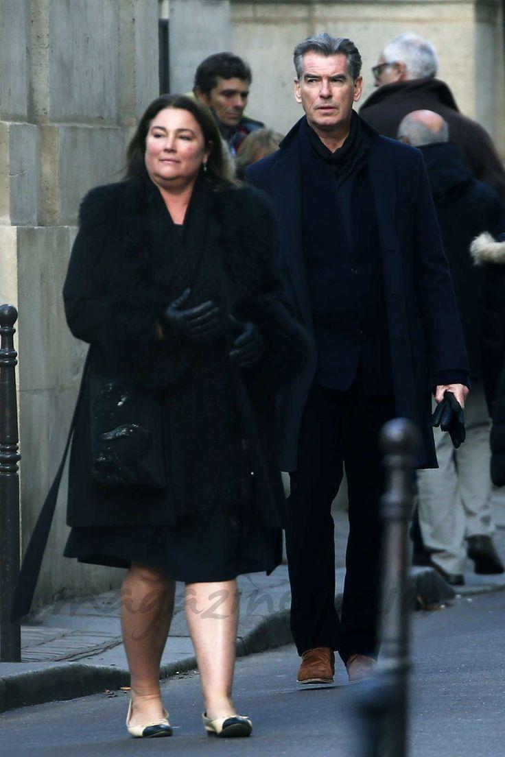 Pierce Brosnan y su esposa, cita para dos en París