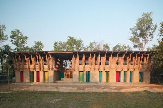 Architects: Anna Heringer & Eike Roswag Location: Rudrapur, Dinajpur district, Bangladesh Structural Engineering: Ziegert