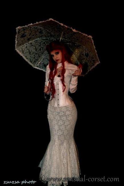 Mell alatti divatfuzo selloszoknyaval, S - Underbust Fashion Corset with Mermaid Skirt, Size S, Photo by Tatyi