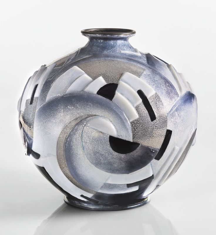 fauré, camille rené vase ||| object ||| sotheby's n09650lot8yrbven