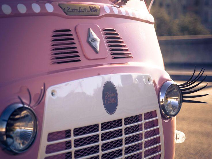 Le boudoir des cocottes le premier beauty van itin rant for Interieur voiture de luxe