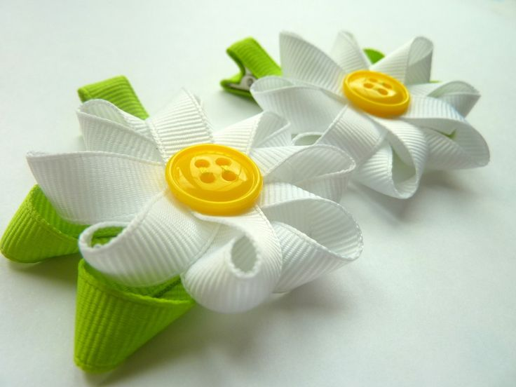 images of hair bows for little girls | EtsyMom Street Team: Happy Easter Giveaway #4 - Lil'Princess Bowtique ...