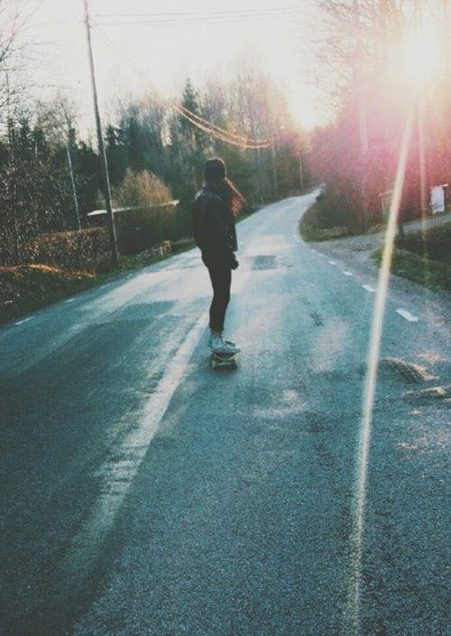 ragazza in skate