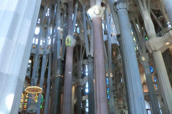 Half-Day Barcelona E-Bike Tour with Skip-the-Line Access to Sagrada Familia Enjoy this 4-hour e-bike tour, which will introduce you to Gaudi´s art and world. Barcelona has been a vibrant center of art and culture during the 20th Century and Gaudí was undoubtedly its greatest protagonist. Under the guidance of an expert tour-guide you will discover the world of this fascinating artist and get an overview of Catalan modernism. Top-off the tour at Sagrada Familia.Once you meet yo...