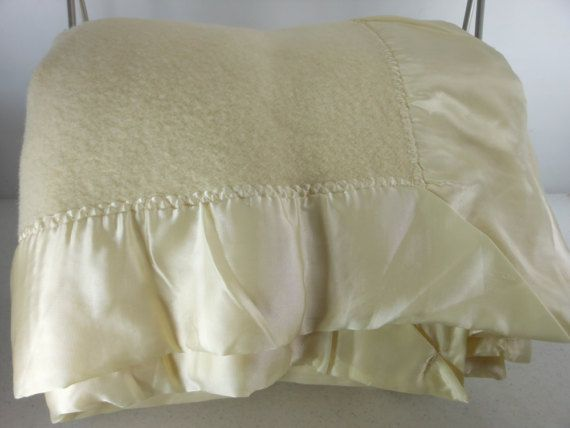large ivory wool blanket stevens forstmann measures x appropriate king or queen all sides binding 3 nylon fine last photo subtle stains on