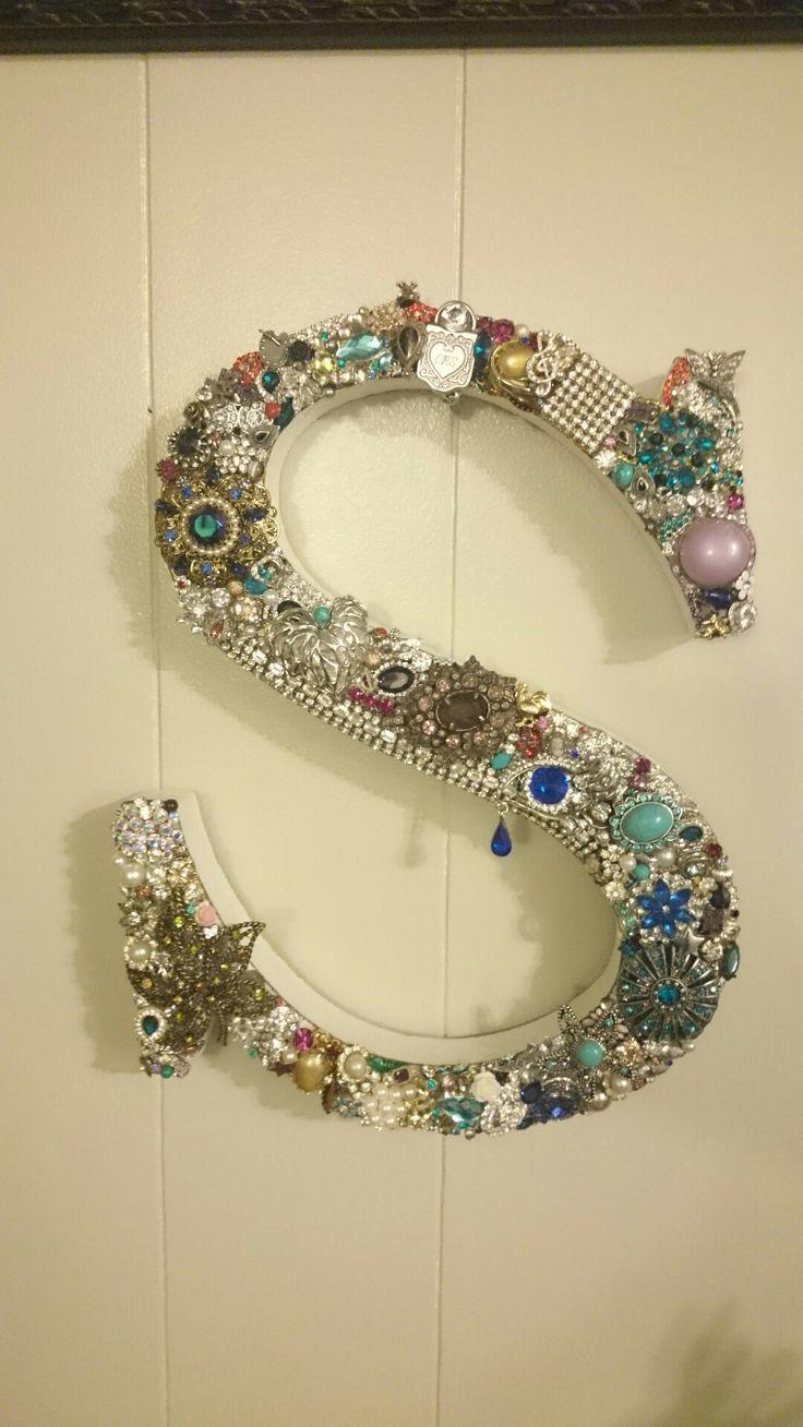 jewelry art monogram initial s