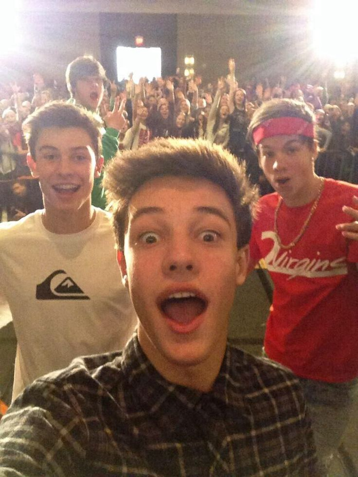 Cameron Dallas, Taylor Caniff, and Shawn Mendes....i miss the old magcon sm ❤