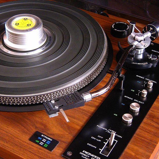 #pioneerpl51turntable#lencol75turntable#jbll100speaker#marantz#pioneer#sansui#jbll#ess#jbl#ar#klipchs#pioneersx#vintageturntable#vintagehifi#vintagerecord#stylus#popart#retro#vintagedecor#vintagedesign#plak#plakçalar#antika#antique#shure#ortofon#gramofon#shure#ess#analog#