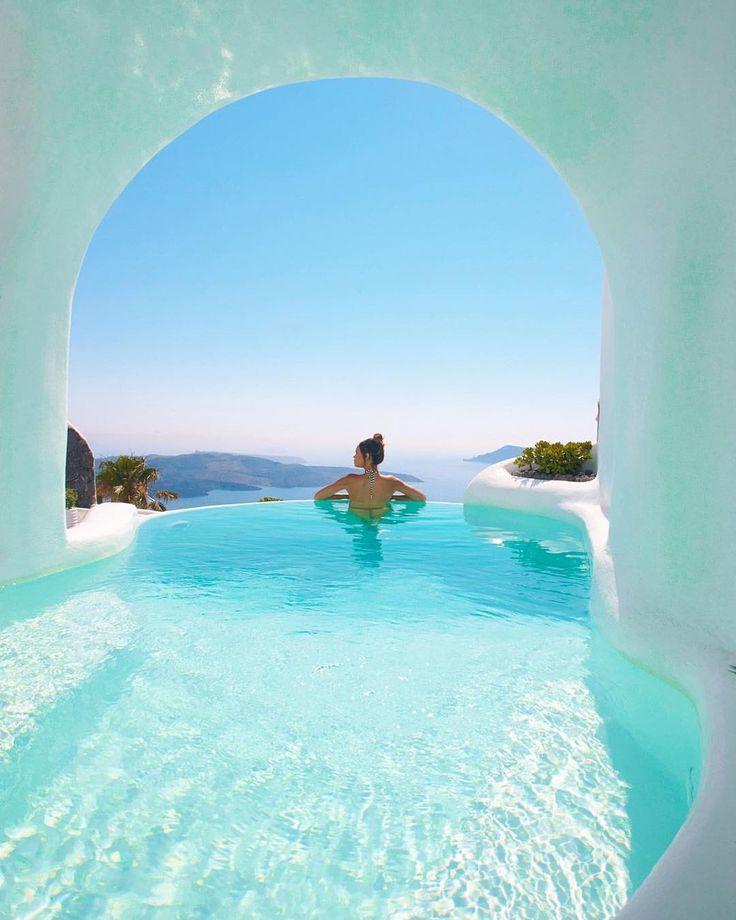 Who would you swoon over this view with?   credit to @strada20 at the beautiful Dana Villas in Santorini     _________________  #santorini #oia #santoriniisland  #greece #ig_travel #travel #traveladdict #carryononly #viewsfordays  #traveler #traveling #travelgoals #bucketlist #luxurytravel#traveltips #travelblogger #digitalnomad #gltlove #girlswhotravel #swoon  #wearetravelgirls #travelessentials #instatravel #tlpicks #luxurylife #cabincrew #turquoise  #sale #wanderlust #travelkit