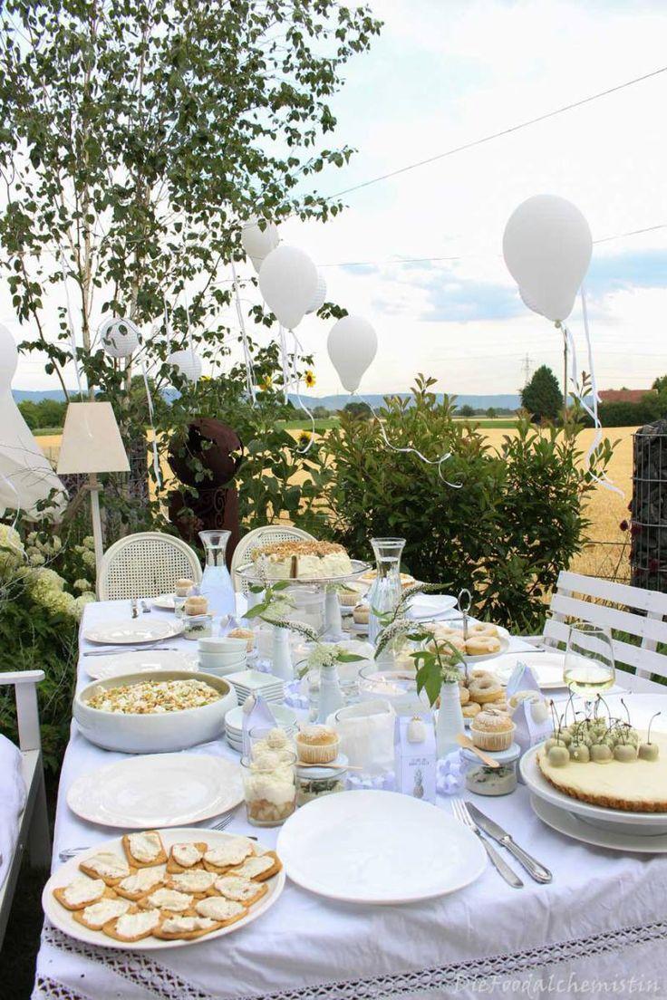 Weiß … weißer … am Weißesten – Mein White Dinner Table! Zum Blog-Event der Rhein-Neckar-Blogger! Da haben doch so 11 verrückte Bloggerinnen was auf die Beine gestellt &#823…