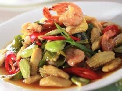 Resep Tumis Jagung Muda - Bagi yang ingin tahu tips cara membuat sayur tumis jagung muda atau putren udang yang gurih, baca dulu disini.