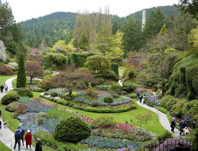 18 best landscaping ideas images on pinterest - Best time to visit butchart gardens ...