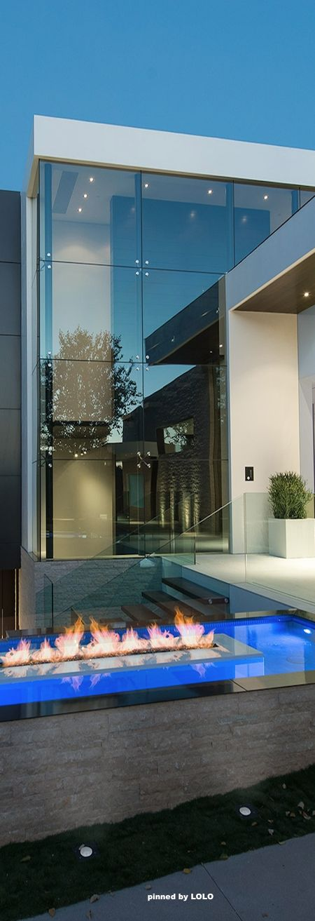 This Stunning Modern Home Was Designed By The Los Angeles Based Architectural  Firm Whipple Russell Architects. This Is Laurel Way, The Firms Most Recent  Gem ...