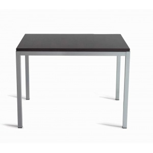 41 best tables and chairs images on pinterest desk for Tavolo 40x40
