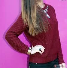 Image result for бордовый свитер с ожерельем