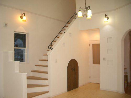 伸和ハウスの施工事例ー南欧風プロバンススタイルの家 1
