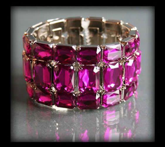 Wyjątkowa szeroka bransoletka z ciemnoróżowych kryształów | BIŻUTERIA \ Bransoletki | Evangarda.pl