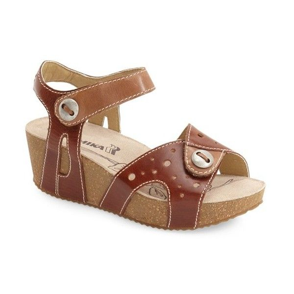 Women's Romika 'Florida 05' Sandal (7.920 RUB) ❤ liked on Polyvore featuring shoes, sandals, beige leather, romika shoes, romika sandals, toe strap sandals, beige leather sandals and beige sandals