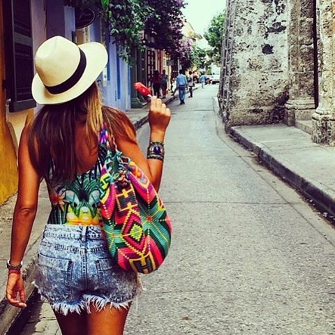How to wear Wayuu back pack #hechoamano #wayuulifestyle # ...