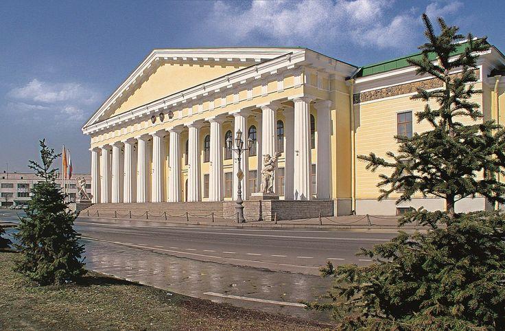 А.Воронихин. Портик здания Горного института. 1811-1814