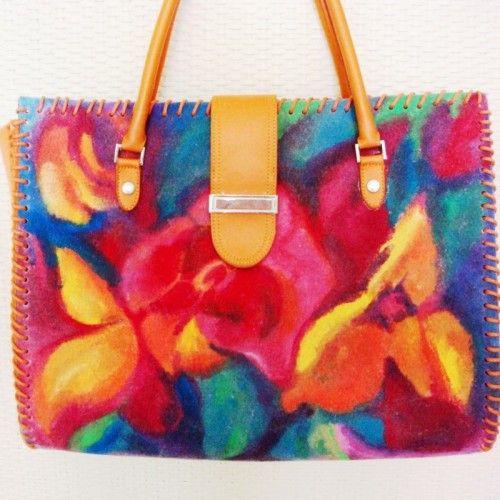 Szalenie barwna damska torba