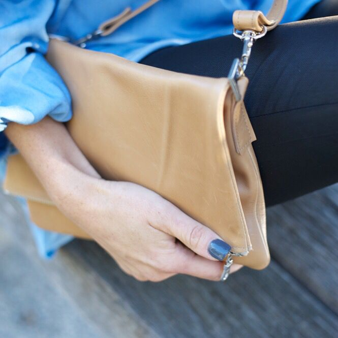 Lou in Tan Leather, last one. $159 online #freeshipping