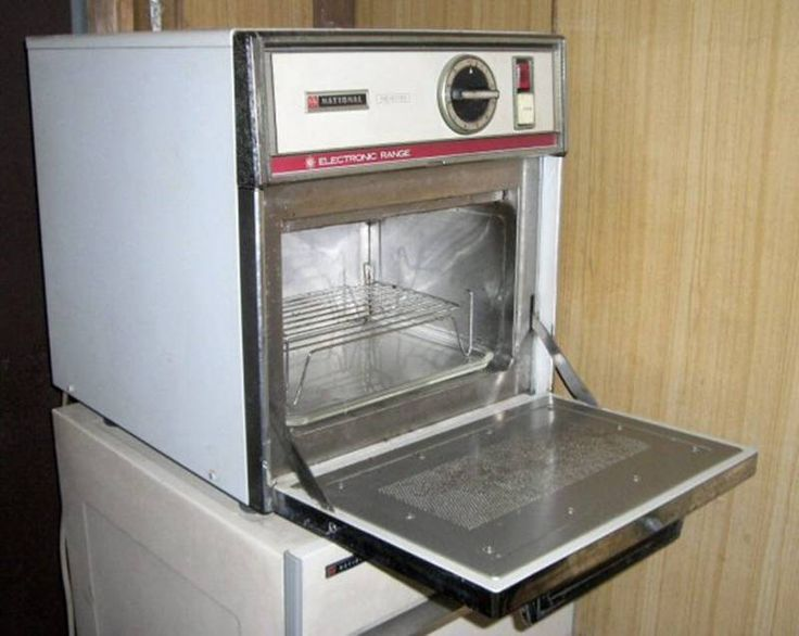 a brief history of the invention of microwave and its use Raytheon later licensed its patents for a home-use microwave oven that was  the invention of the cavity  and microwave ovens microwave oven history from.