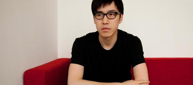 """Kevin Ma el creador de Hypebeast, la magazine que comenzó como blog y que es actualmente uno de los sitios mas visitados en cuanto a estilo y tendencias del hombre contemporáneo, todo con un enfoque muy """"street"""". Un bloggero por excelencia!"""